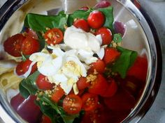 Casa, Coisas e Sabores: Salada de espinafre cru