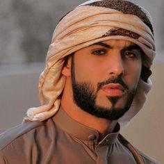 Omar Borkan's 100 Latest, Hottest and Most Stylish Pictures Popular Beard Styles, Beard Styles For Men, Arab Men Fashion, Middle Eastern Men, Hispanic Men, Handsome Arab Men, Black Men Beards, Muslim Men, Fiction
