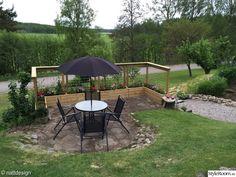 Trädgård - Hemma hos nattdesign Raised Garden Beds, Raised Beds, Outdoor Spaces, Outdoor Decor, Garden Trellis, Backyard Projects, Dream Garden, Garden Design, Pergola