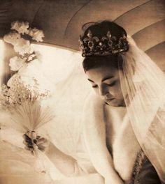 DoñaMargarita Gómez-Acebo y Cejuela of Madrid, SpainmarriedSimeon II of Bulgaria, the King of Bulgaria in January 1962.