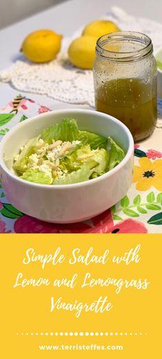 Need a salad that will enhance any meal?  Try this simple salad with this lemony vinaigrette. #greensalad #lemonvinaigrette