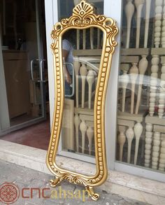 Altın Oyma Dekoratif Boy Ayna Çerçevesi | Gold Carved Decorative Length Mirror Frame Tv Unit Furniture Design, Crea Design, Mandir Design, Long Mirror, Tv Cabinet Design, Living Room Sofa Design, Cnc Woodworking, Wood Sizes, Wooden Doors