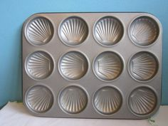Sea Shell Scallop Baking Sheet Cookie Pan Cake Candy Mold Tin Metal 2 Available