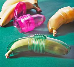 This Banana Holder Keeps Your Banana From Bruising While In Transit