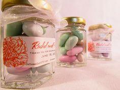 Italian Wedding Favors Ideas | Jordan almonds. http://simpleweddingstuff.blogspot.com/2014/01/italian-wedding-favors-ideas.html