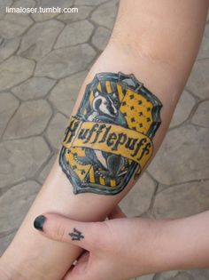 Couldn't decide whether to pin this under my geek file or under ink... it falls beautifully into both. This is dedication to your house!