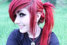 leda muir pink hair - Google Search