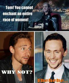 Es que el que piense que Thor es el bello no le ha visto la sonrisa a loki....wao!