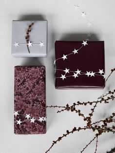 White star gift wrap.