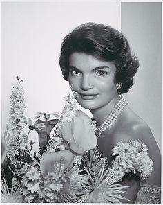 1957. Jacqueline Bouvier Kennedy Onasis. Exotic beauty whose life had been largely tragic. - @Karen_fu