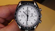 Omega Speedmaster Apollo 13 Silver Snoopy Award - Frontal