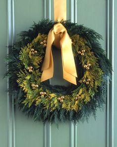Golden Cedar Wreath How-To