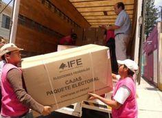 Dan banderazo de salida a reparto de material electoral   Info7   Nacional