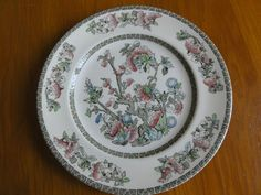 "JOHNSON BROTHERS INDIAN TREE Dinner Plate 10"" Excellent Condition 