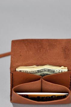 Love this leather wallet - called Half Pint. No pattern, it's for sale.