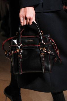 d9ae4bc32155 43 Best Women s Bags images