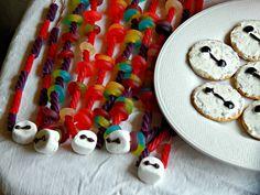 Big Hero 6 / DIY #Baymax Candy Necklaces #BigHero6MovieNight #ad @Target