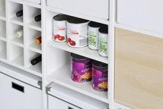 Zwischeboden im Expedit Regal Diy Wood Projects, Shelves, Shoe Rack, Diy Furniture, Ikea Hack, Ikea Expedit, Ikea, Swedish Design, Home Diy