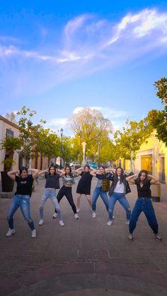 Dance Workout Videos, Dance Moms Videos, Dance Choreography Videos, Best Friend Song Lyrics, Best Friend Songs, Super Funny Videos, Funny Short Videos, Cute Love Songs, Beautiful Songs