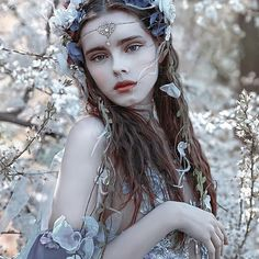 16 Trendy Flowers In Hair Photography Fairy Tales hair photography flowers 778137641848207024 Hair Photography, Fantasy Photography, Portrait Photography, Photography Flowers, Photography Lighting, Photography Awards, Ethereal Photography, Motion Photography, Photography Books