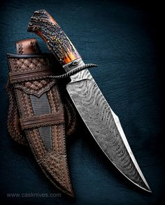 Some of the high-quality bowie knives in market and definite guide to purchase best bowie knife. These bowie knives act as a hunting knife, camping knife, survival knife, etc,. Cool Knives, Knives And Swords, Types Of Knives, Lame Damas, Trench Knife, Best Pocket Knife, Knife Sheath, Handmade Knives, Knife Sharpening
