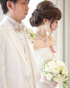 プリンセス風!ティアラが可愛いブライダルヘアアレンジまとめ | marry[マリー] Hairdo Wedding, Wedding Hairstyles, Wedding Costumes, Wedding Planning, Hair Makeup, Hair Beauty, Beautiful Women, Daughter, Wedding Dresses