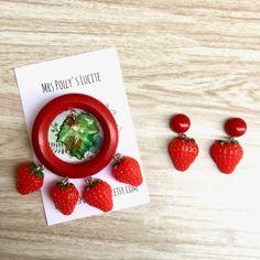 Strawberry Fields pin brooch - Vintage inspired - Fakelite