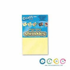 La bolsa contiene 6 hojas de plástico mágicoShrinklesde color amarillo pastel.  El plástico mágico es muy fácil de usar. Tan solo debe ¡dibujar, cortar y encogerá!  Encoge 7 veces en talla y aumenta 7 veces el grosor.  Apto a partir de 5 años.  Color:Amarillo Pastel  Cantidad: 6 hojas de plástico mágico Shrinkles  Medidas a escoger:  Grande: 262 mm. x 202 mm.Pequeño: 101 mm. x 131 mm.