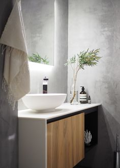 Bathroom Rules, Bathroom Spa, Laundry In Bathroom, Bathroom Cleaning, Interior Living Room Wallpaper, Interior Design Living Room, Luxury Homes Interior, Home Interior, Helsinki