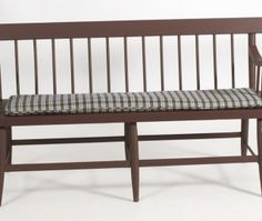 Length from Eldred's Auction Gallery Deacons Bench, Bench Cushions, Outdoor Furniture, Outdoor Decor, Entryway, Diy Projects, House Design, Country, Storage