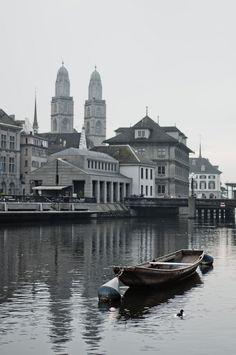 River Limmat in Zürich   Switzerland (by Vaidotas Miseikis)