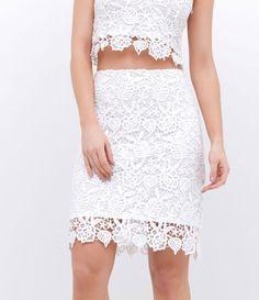 1d2218204 16 melhores imagens de Rendas | Short dresses, Alteration shop e ...