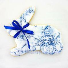 Biscuits décorés lapins de Pâques toile de Jouy
