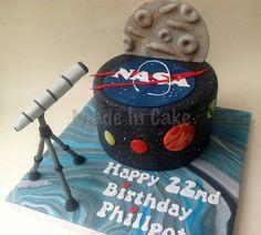 Nasa with a telescope cake!