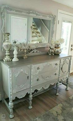 35 Shabby Chic Living Room To Not Miss Today - Advanced Interior Designs Style Shabby Chic Living Room, Shabby Chic Bedrooms, Shabby Chic Homes, Living Room Decor, Dining Room, Shabby Chic Salon, Small Bedrooms, Living Spaces, Refurbished Furniture