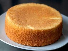 Bizcochuelo de las 20 cucharadas ¡Una receta magistral! - Sin Gluten, Cornbread, Cake Recipes, Deserts, Cooking Recipes, Pudding, Chocolate, Sweets, Ethnic Recipes