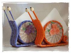 Фотографии Наталии Сорокиной-Петренко Newspaper Basket, Newspaper Crafts, Willow Weaving, Basket Weaving, Recycled Paper Crafts, Diy And Crafts, Traditional Baskets, Acrylic Pouring Art, Magazine Crafts