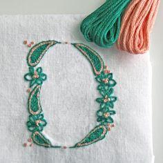 DIY pdf Crewel Embroidery Pattern Monogram D is por PrairieGarden