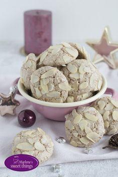 Cookie Recipes across Borders: Cinnamon - Almond Clouds - Marlenes sweet things Keks Dessert, Cinnamon Almonds, Cookie Recipes, Cereal, Bakery, Stuffed Mushrooms, Banana, Sweets, Candy
