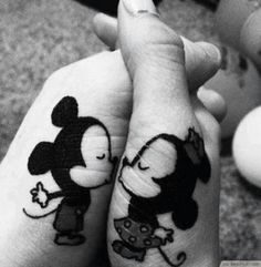 Disney Cute Mickey + Minnie Kissing Matching Tattoo Ideas ❥❥❥ http://bestpickr.com/matching-couples-tattoos