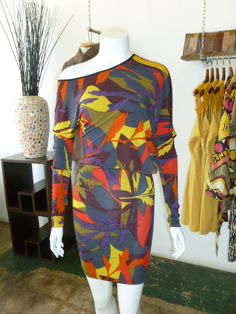 Print asymmetrical long sleeve dress!