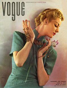 Vogue June 1936 - photo by Edward Steichen Helen Bennet wearing dress by Jessie Franklin Turner Conde Nast Archive
