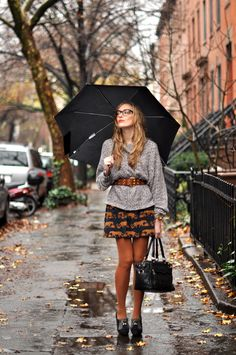 I absolutely love the mix of rust tones in this look and the top paired with the belt is just the right amount of slouch.