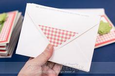 Kuverts, passend zu Geburtstagseinladungen. Zunächst bedruckt, dann mit dem Envelope-Punchboard fertiggestellt. Hergestellt von Brigitte Baier-Moser mit Stampin'Up!