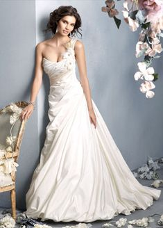 JLM Couture  Wedding Dress- love it but would add a few things & prob change the top a little...