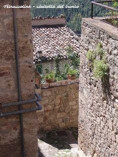 Orto pensile di Sciacco (sciacco's hanging vegetable garden).  #viviabruzzo www.abruzzolink.com