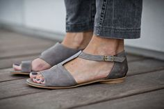 10 Sale Uma Grey Leather Sandals Grey Sandals Flat by abramey. Grey Sandals, Leather Sandals, Shoes Sandals, Flat Sandals, Flat Shoes, Slide Sandals, Cute Shoes, Me Too Shoes, Awesome Shoes