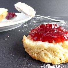 Classic Plain Scone Recipe, serve warm from the oven with jam, clotted cream and a pot of tea! Baking Recipes, Cake Recipes, Queens Food, Cream Tea, Vanilla Cupcakes, Tasty Dishes, Cake Cookies, Afternoon Tea, Scones