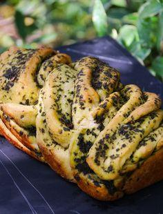 El favorito de todos los que probaron los panes.. y el mío también!! no solo por lo bonito que queda trenzado, ni por lo mucho más fácil que es de hacer de lo que uno se imagina, si no que por que tiene una combinación