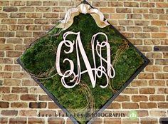 Monogrammed earthy wedding decor  | www.SouthernBrideandGroom.com | Photo by @darablakeley